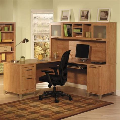 Computer Desk With Chair Design Ideas Un Bureau Informatique D Angle Quel Bureau Choisir Pour Votre Petit Office Archzine Fr