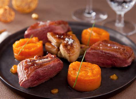 cuisiner magret de canard poele recette magret de canard et foie gras poele vichy