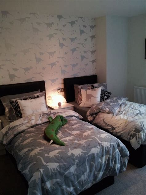 dinosaur bedrooms dinosaur themed bedroom girls room ideas pinterest