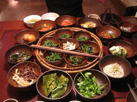 cook like a real korean cookbook enjoy the spices and food of korea books file korea seoul insadong sanchon 02 jpg