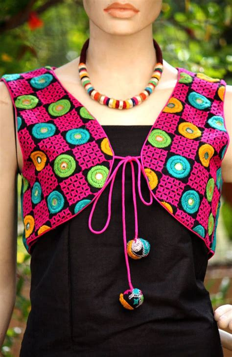 jacket hand design 1000 images about sindhi kutchi embroidery jewellery on