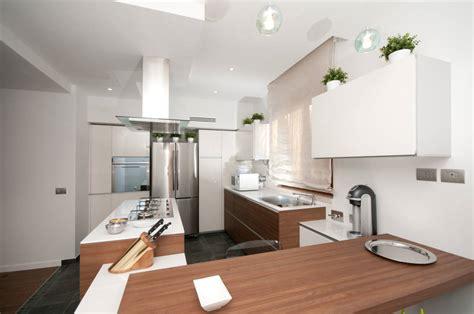cucina a muro 5 idee moderne per arredare la cucina a isola con