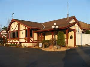 the bungalows st mn bungalow inn restaurant and bar stop relax enjoy
