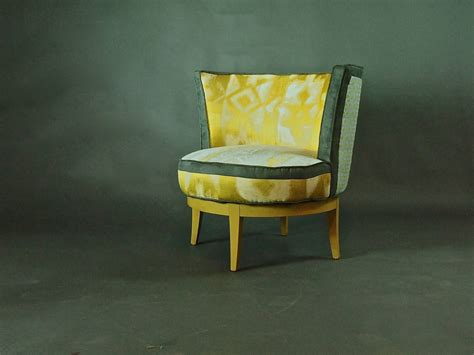Mid Century Barrel Chair With Swivel Base For Sale At 1stdibs Swivel Chair For Sale