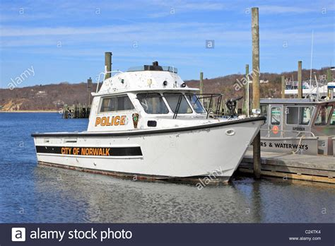free boats ct city of norwalk ct police boat docked in port jefferson