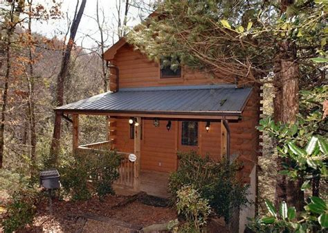 1 bedroom cabins in pigeon forge tn precious moments 124 1 bedroom cabins pigeon forge