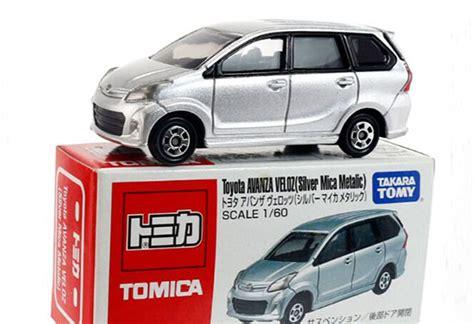 Tomica Takara Tomy Toyota Avanza Veloz White silver tomy tomica diecast toyota avanza veloz