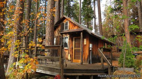 Rent A Cabin In California by Sunset Inn Yosemite Guest Cabins Groveland California