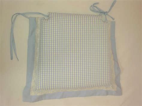 cuscini per sedie da cucina cuscino per sedia da cucina quadretti azzurri e pizzo