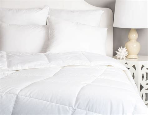 difference between blanket and comforter luxury difference between duvet and comforter collections