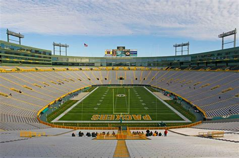 wallpaper green bay wi green bay packers vs miami dolphins nfl football photos