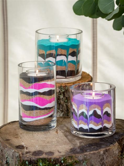 Fan Sanden easy diy sand candles hgtv