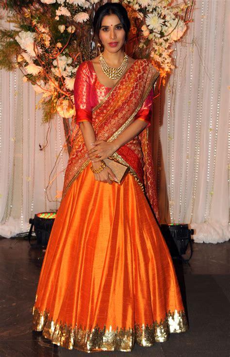 aishwarya rai wedding video bipasha s wedding party with shah rukh salman aishwarya