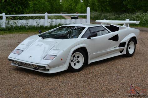 Lamborghini Countach V12 Replica