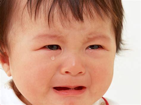 wallpaper anak menangis ila aswil menangis