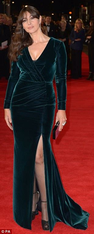 lea seydoux fan mail lea seydoux glitters as monica bellucci shows some leg at