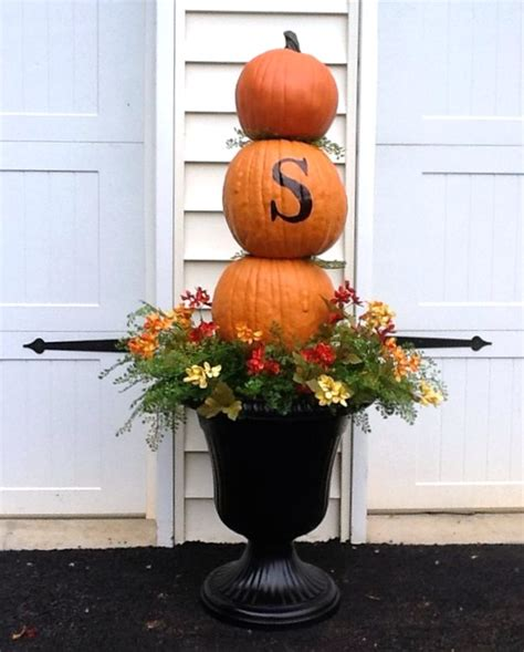Urn Decorations by Decorating With Urns The Fall Edition Fox Hollow Cottage