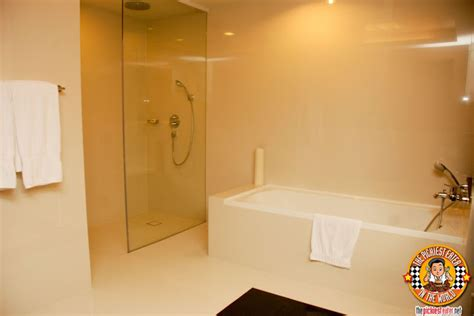 hotel with bathtub in manila the pickiest eater in the world bellevue hotel manila