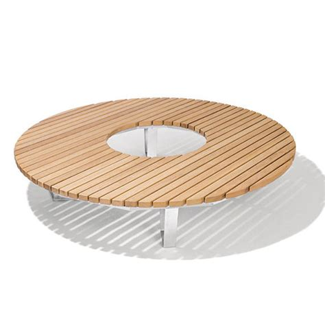 Banc Circulaire by Banc Circulaire Nusser Saturn