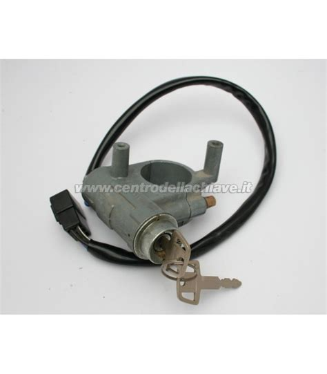 93 Housing Nut Mitsubishi Ps190 Front ignition lock mitsubishi mb037830 centro della chiave