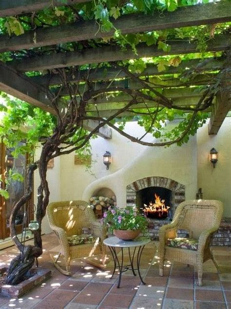 Small Backyard Pergola Ideas by Best 25 Small Patio Furniture Ideas On Patio