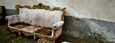 get rid of old couch get rid of old sofa best ways to get rid of old furniture