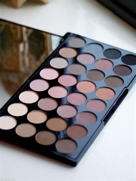 The Shadow Palette makeup revolution 32 all matte shadows eyeshadow palette