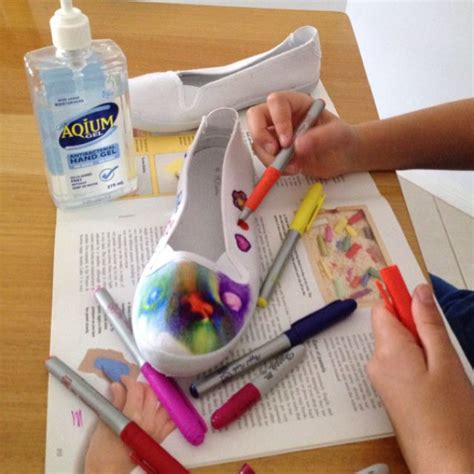 sharpie tie dye canvas shoes no tutorial attached but i