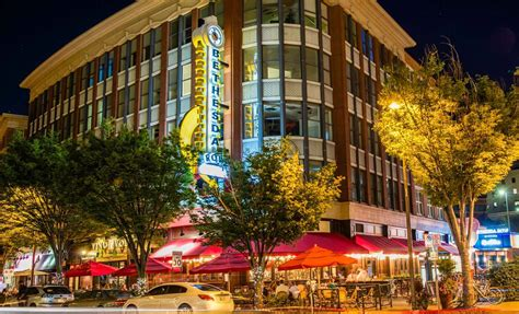 Luxury Apartments in Bethesda MD Photo Gallery   Topaz House