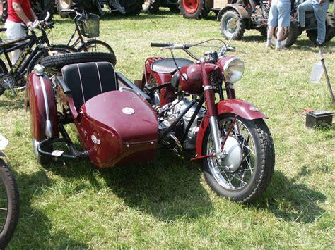 125ccm Motorrad Beiwagen by Bauernmotorrad