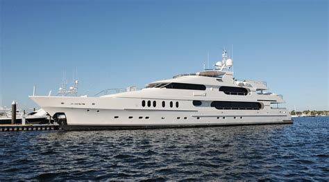 on a boat with a tiger tiger woods yacht spotted in the htons prior to u s