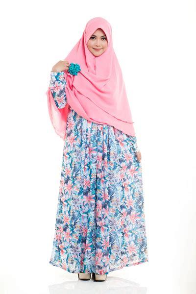 tren ter baru muslimah 2015 kreasi model baju gamis terbaru 2015 wanita muslimah modis