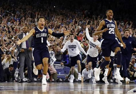 villanova bench celebration villanova wins ncaa tourney on buzzer beater