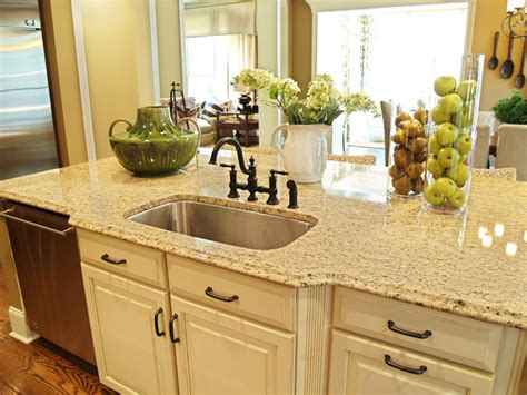 Ideas For Decorating Kitchen Countertops Kitchen Countertop Decor Kitchen Decor Design Ideas