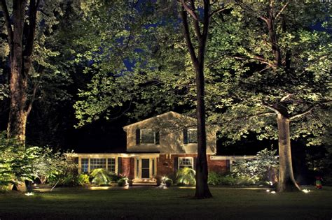 Landscape Lighting for Year Round Enjoyment   Lucia