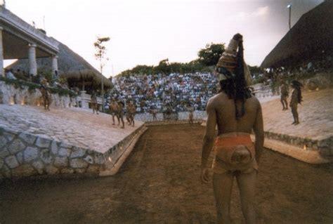 imagenes de los mayas jugando pelota free spanish reader el juego de pelota maya