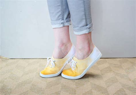 diy dip dye sneakers diy shoes