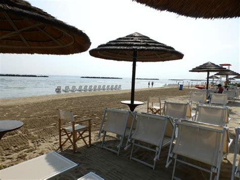 bagno italia giuliana spiaggia foto di bagni giuliana 12 senigallia tripadvisor