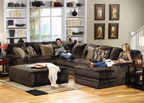 Rainier 3 Piece Sectional Hom Furniture