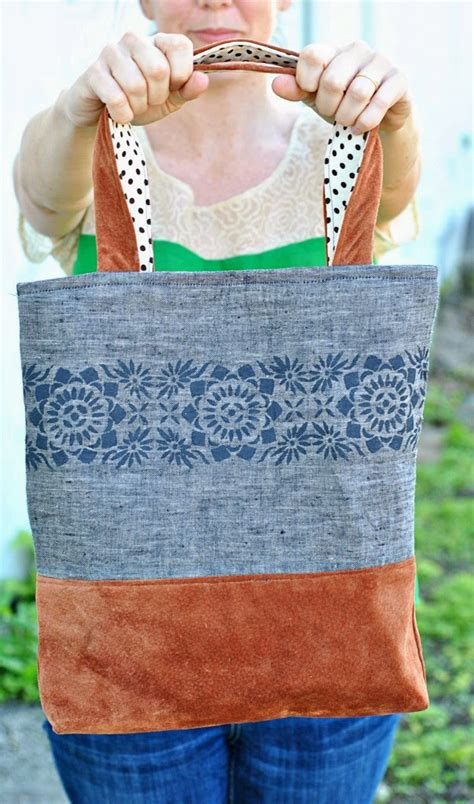 Handmade Bag Tutorial Free - linen and leather tote pattern