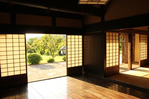traditional japanese house japanese traditional house www imgkid com the image kid has it