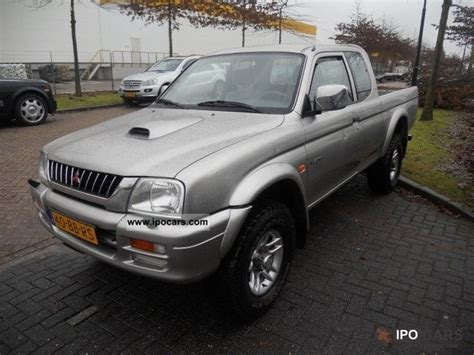 2002 mitsubishi l200 club cab 2 5td gls car photo and specs 2002 mitsubishi club cab 4wd l200 2 5 dsl bj 2002 airco