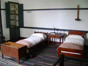 file shaker bedroom jpg