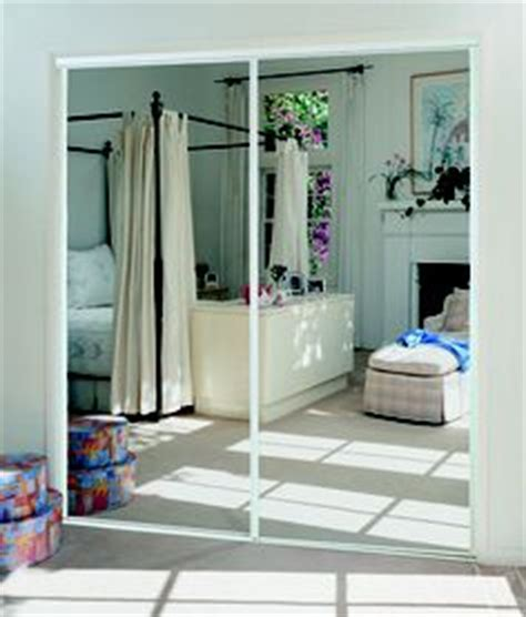 puertas corredizas de espejos para un lio closet