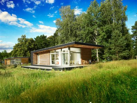 vacation tiny house affordable and versatile sommerhaus piu prefab vacation