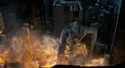 film fiksi monster 10 film yang sebaiknya tak ditonton selama di perjalanan