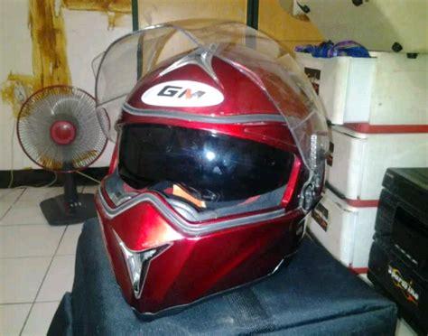 Footstep Depan Underbone Ninja250 Fi M Sato 3 Nui Gold mayoritas orang indonesia suka helm half kenapa