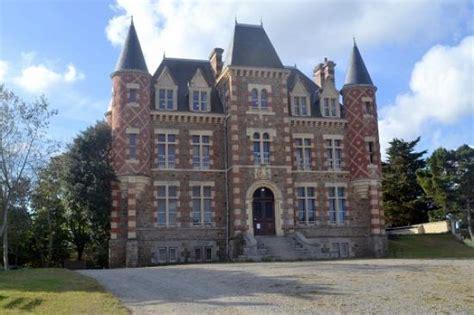 Chateau De Nessay St Briac by Ch 226 Teau De Quot Vill 233 Giature Baln 233 Aire Quot Briac Sur Mer 35 35800 Http Bit Ly 1ujr1jm