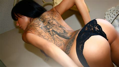 tattoo hot picture sexy wallpaper sexy hot girls with tattoos