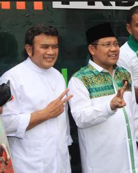 Jokowi Jk 4 Cr Raglan salam 2 jari dukung jokowi jk